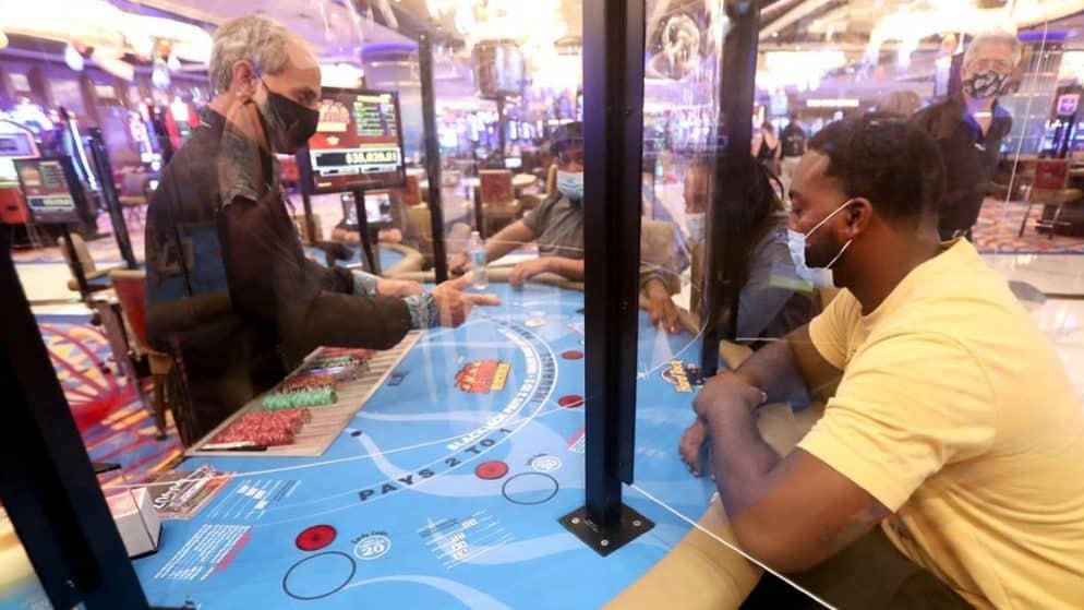 Hard Rock Casino, una lotteria per i dipendenti che si vaccinano